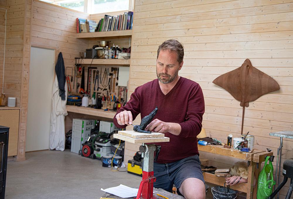 I flere år har Hepsø strevd med å få til denne skulpturen uten å gi opp. Nærmest som et elsk-hat-forhold. (Foto: Mats Linder)